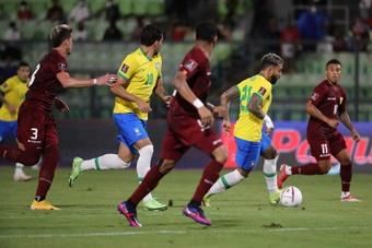 Brasil suma nueve victorias de nueve posibles. EFE