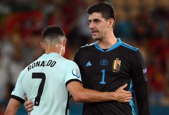 Courtois' Belgium were beaten by Italy. EFE