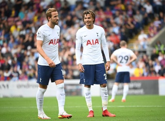 Spurs confirmed two players tested positive for COVID-19. EFE