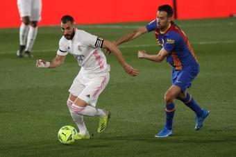 Thierry Henry cobriu Karim Benzema de elogios.  EFE/Juanjo Martín