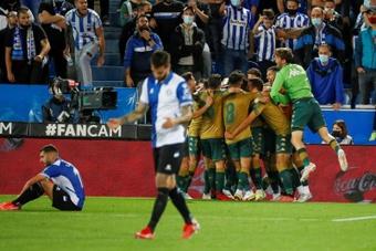 El Betis derrotó al Alavés. EFE