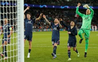 Paris bat difficilement Leipzig avec un doublé de Messi. EFE