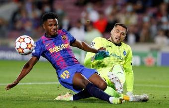 Ansu Fati renovó con el Barcelona. EFE