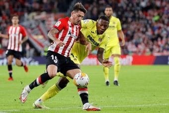 El Athletic se impuso al Villarreal por 2-1. EFE