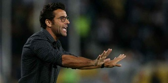 Alberto Valentim é o novo técnico do Athletico-PR. Botafogo