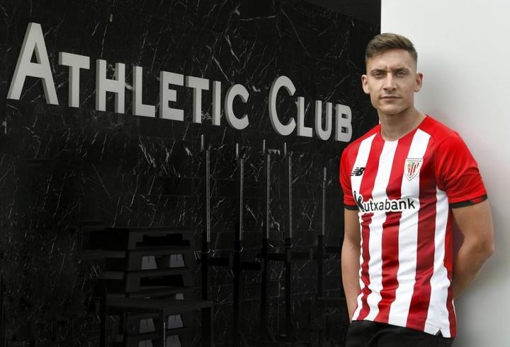 Petxarroman, première signature de l'Athletic pour la saison 2021-22. AthleticClub
