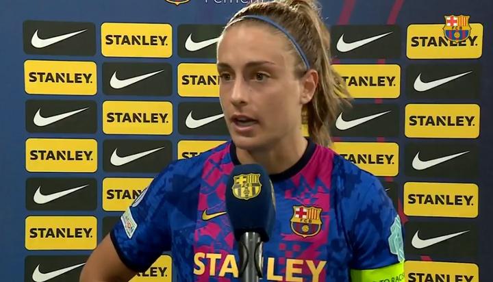 Alexia Putellas falló un penalti al final de la victoria ante el Arsenal (4-1). Captura/FCBfemeni