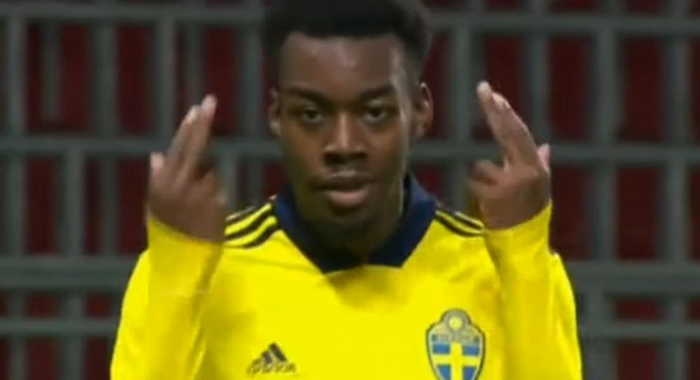 Anthony Elanga fue titular en los dos últimos encuentros de Suecia Sub 21. YouTube/UtdComps6