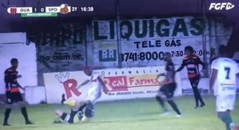 Un árbitro fue agredido en la Serie D Brasileña. Captura/FGFTV