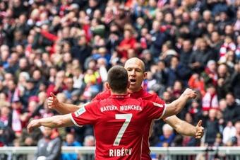 Rummennigge fala de elevadas ofertas por Ribéry.EFE