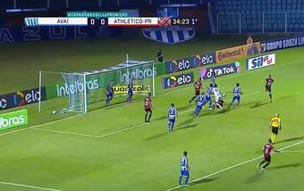 Avaí y Athletico Paranaense empataron a uno. Captura/Premiere