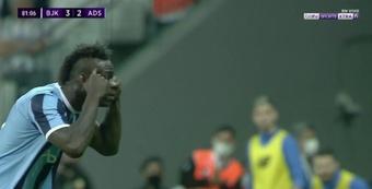 Mario Balotelli risque deux matchs de suspension. Captura/beINSports