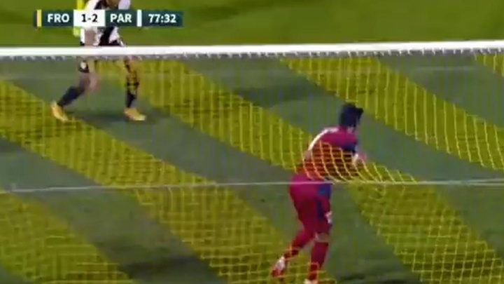 Buffon y su estreno más agridulce: encajó el empate en el 89'. Captura/SkySport