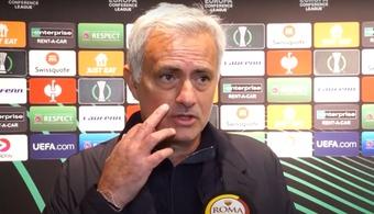 Mourinho atizó a los suplentes. Captura/ASRoma