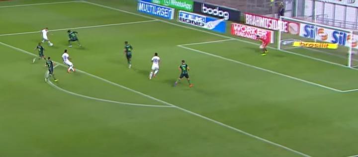 Paulinho mete a América Mineiro en el descenso. Captura/Globoesporte