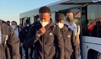 El Real Madrid aterrizó en Barcelona. Twitter/realmadrid