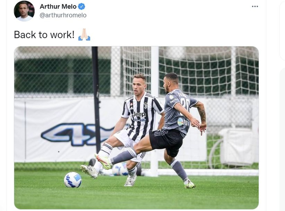 Arthur has returned to play after four and a half months. Twitter/ArthurMelo