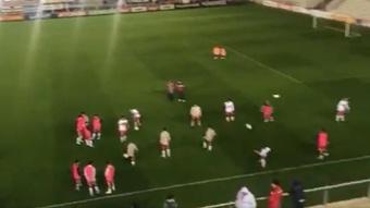 Suspendido un partido de Segunda en Argentina... ¡por falta de luz! Twitter/primerplanotv