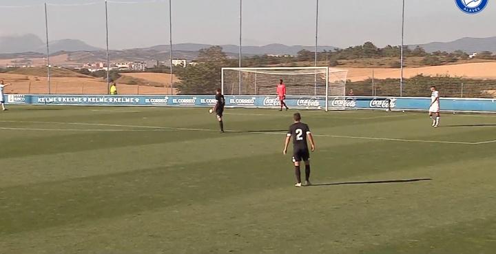 El Alavés jugó un amistoso con el Amorebieta. Captura/DeportivoAlavés
