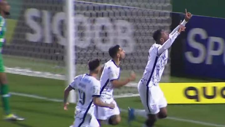Corinthians venció a Chapecoense (0-1)