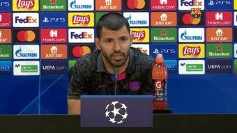 El Kun Agüero compareció en rueda de prensa este martes. Captura/BarçaTV