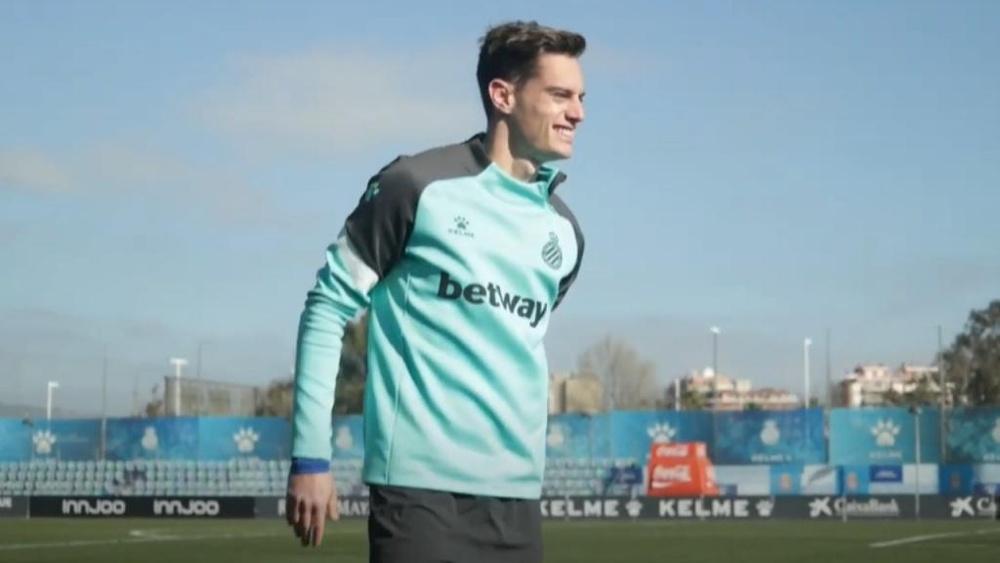 Pol Lozano podría irse al Girona FC.Captura/RCDEspanyoldeBarcelona