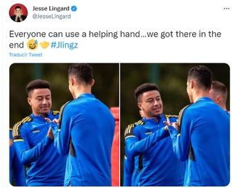 CR7 ya sabe hacer el gesto de Lingard. Twitter/JesseLingard