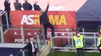 Mourinho a réagi avec humour à son expulsion