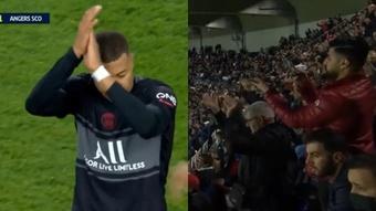 Mbappé saiu de campo aplaudido. Captura/DAZN