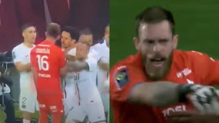Neymar le pegó un empujón a Oukidja ¡y le sacó la lengua en la cara! Captura/beINSports