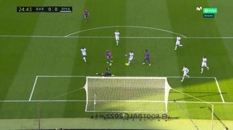 Dest perdoa o Real Madrid em falha inacreditável. Captura/MovistarLaLiga