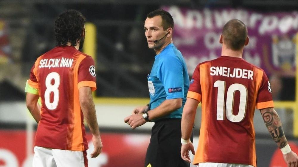 Ivan Bebek es un árbitro internacional croata. AFP/Archivo