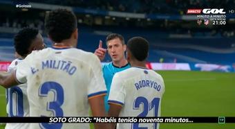 Soto Grado conversó con los jugadores del Madrid. Captura/ElGolazoDeGol