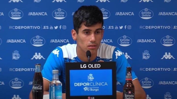 Diego Villares quiere renovar con el Deportivo. Captura/ RCDeportivo