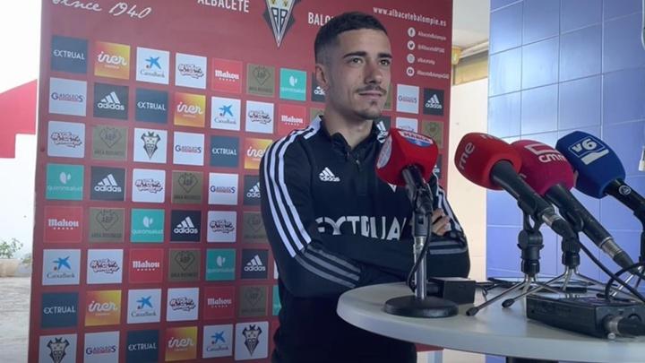Julio Alonso espera que su equipo siga con la tendencia positiva. Captura/AlbaceteBalompieSAD