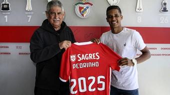 Benfica acerta venda de Pedrinho por 18 milhões. Twitter/SLBenfica