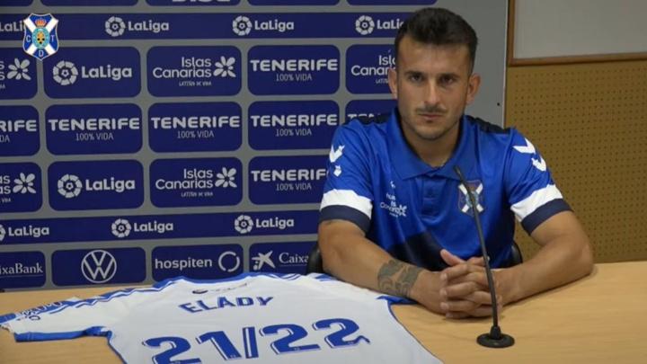 Zorrilla dio la victoria al Tenerife en el último amistoso frente al Málaga. Captura/CDTenerife