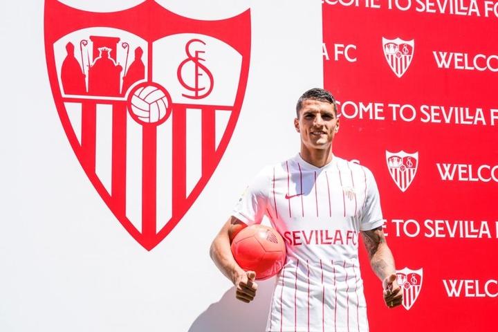Lamela prêt à relever le défi sévillan. Twitter/SevillaFC