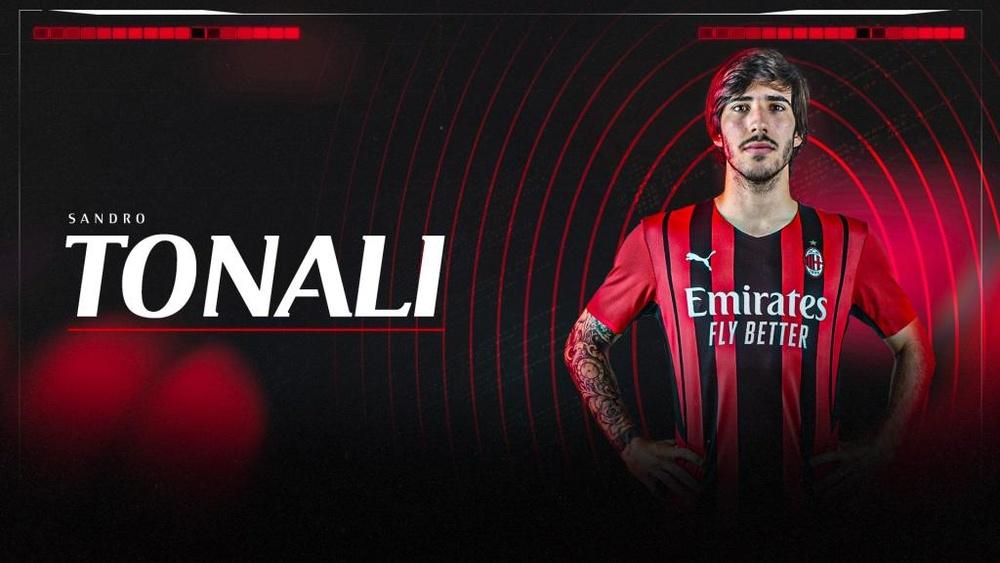 Sandro Tonali, nuevo jugador en propiedad del Milan. Twitter/ACMilan