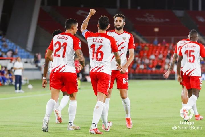 El Almería ganó 2-1 al Oviedo. LaLiga