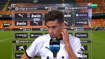 Gabriel Paulista fue ingresado tras el golpe en la cabeza ante el Betis. Captura/MovistarLaLiga
