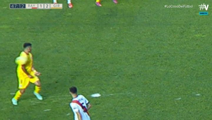 Más que polémico: gol de 'chorra' anulado al Girona y monumental tangana. Captura/Vamos