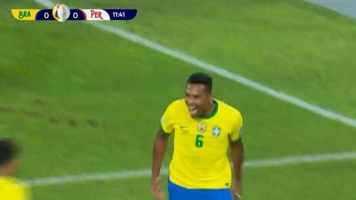 Alex Sandro abrió la lata para Brasil. Captura/DirecTvSports