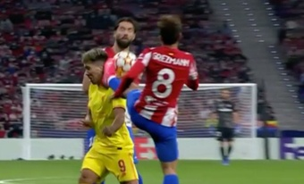 Griezmann was sent off for a dangerously high boot. Screenshot/MovistarLigadeCampeones