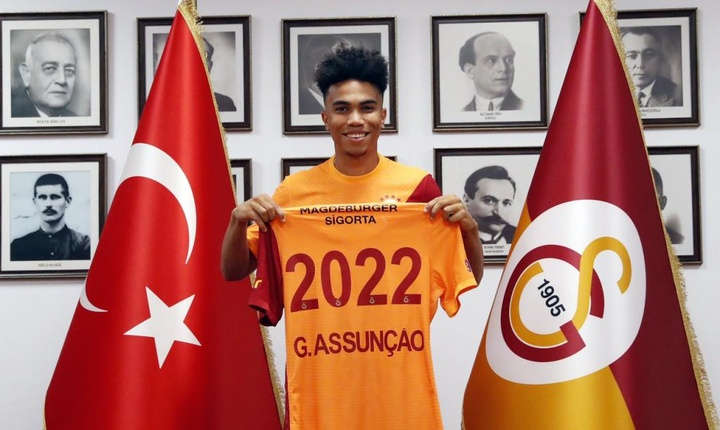 El Galatasaray fichó al hijo de Paulo Assunçao. Twitter/GalatasaraySK