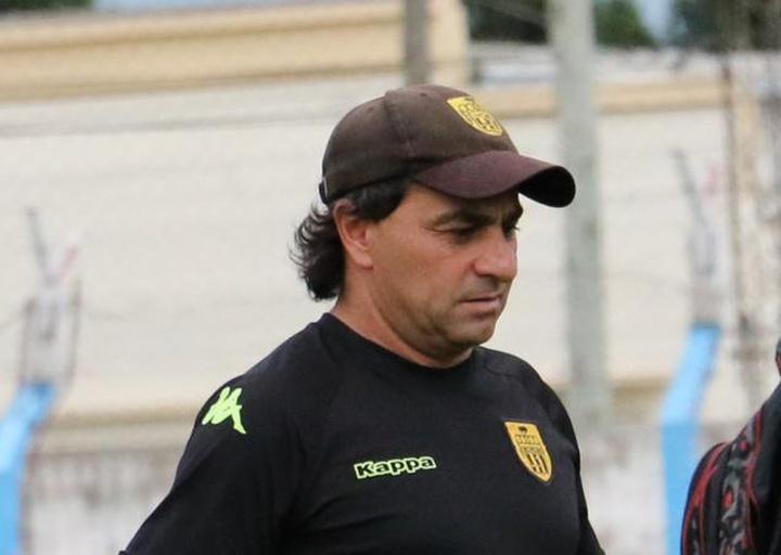 Gustavo Coleoni dejó de ser entrenador de Central Córdoba. FerroCarrilOeste