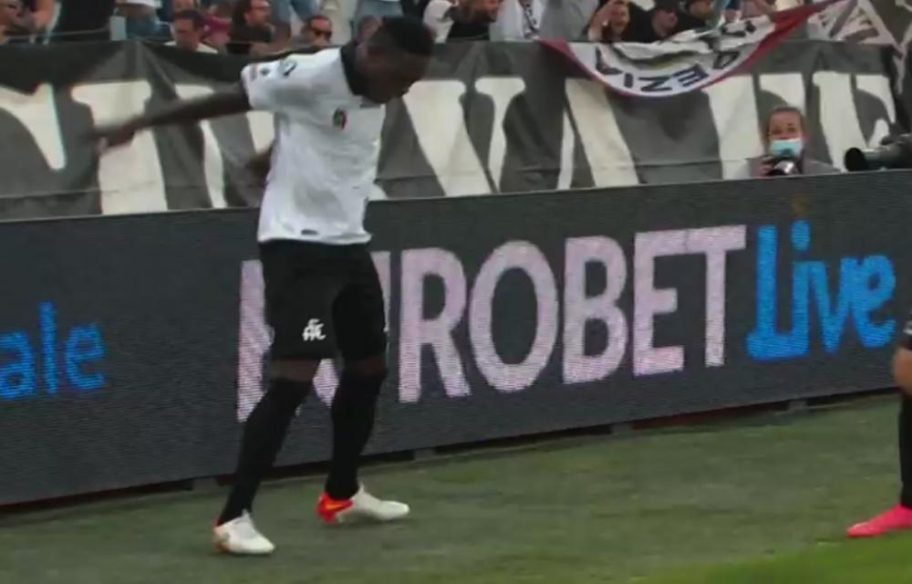 Gyasi made it 1-1 against Juventus. Screenshot/Vamos