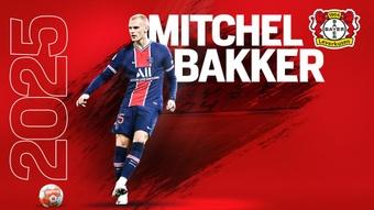 Bakker é o novo jogador do Bayer Leverkusen. Twitter/bayer04fussball