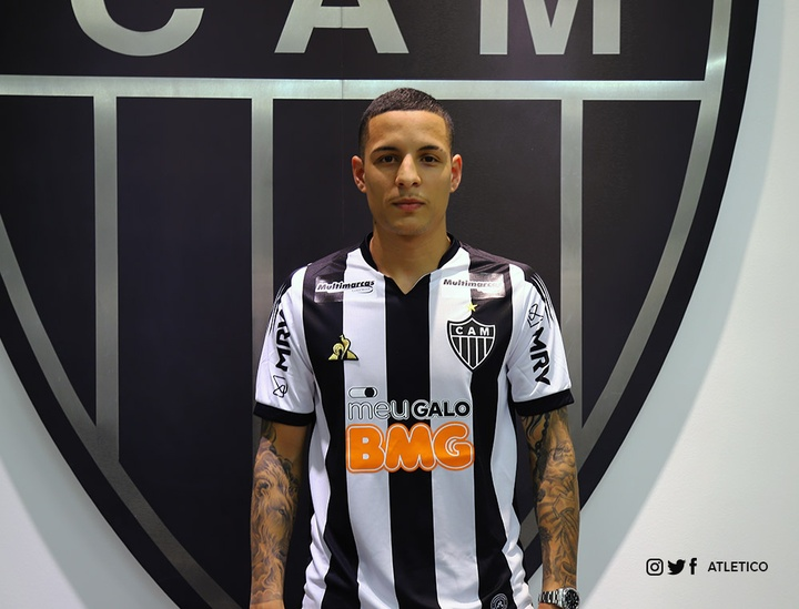 Benfica tem interesse no lateral. Twitter/Atletico