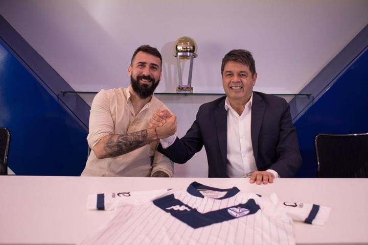 Pratto regresó a Vélez. Twitter/Velez